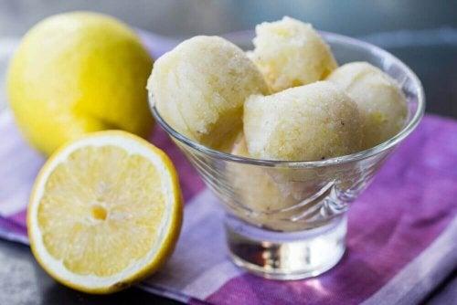 Recettes de glace au citron pour surprendre vos enfants