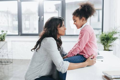 une mère après 40 ans est plus mature émotionnellement