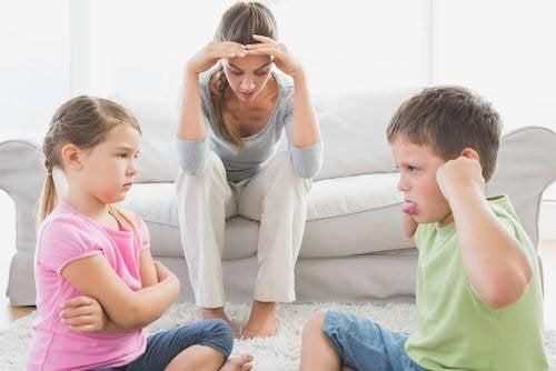 Pourquoi certains enfants se comportent mal avec leur mère ?