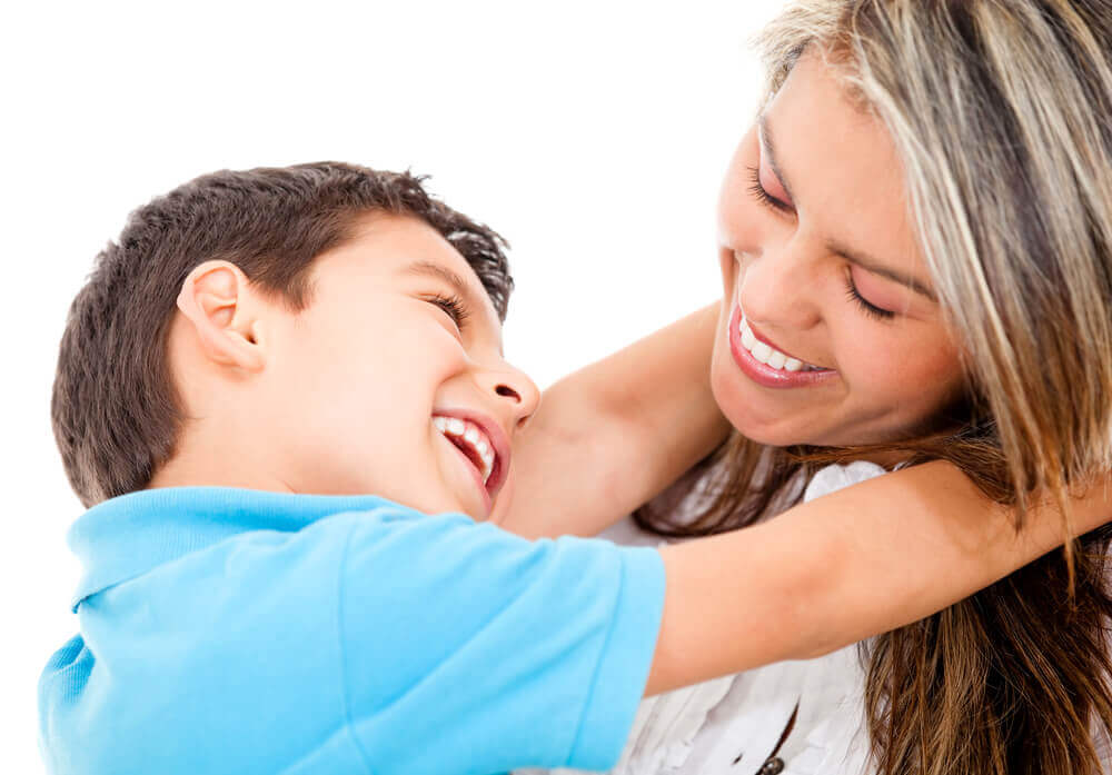 Pour avoir un enfant aimant, montrez l'exemple.