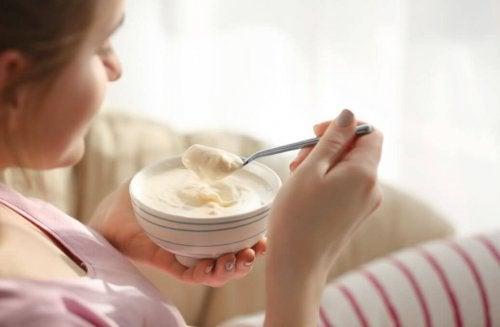 pour un petit-déjeuner sain : du yaourt grec