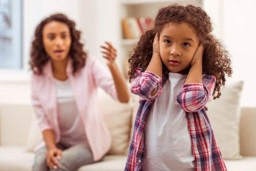Raisons qui font que mon enfant ne m'écoute pas.