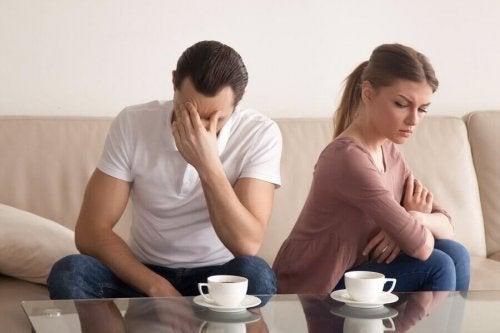 5 phrases à éviter de dire à votre partenaire