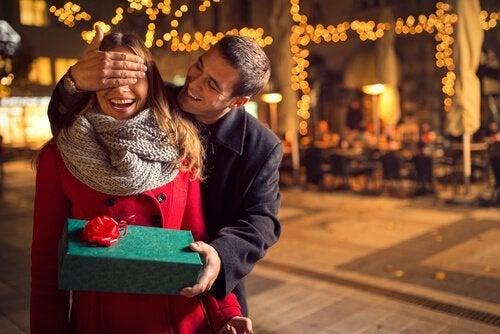 Plaire à l'autre lors d'un premier rendez-vous amoureux