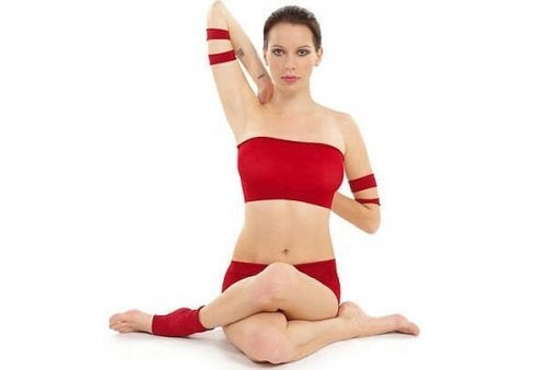 3 postures de yoga pour soulager les tensions cervicales