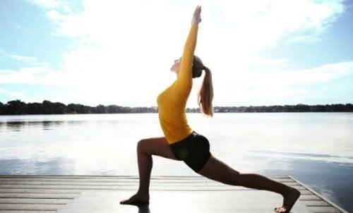 yoga pour faire le plein d'énergie