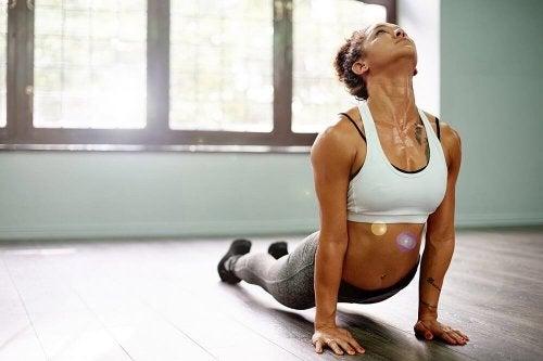 yoga pour faire le plein d'énergie : posture du chien