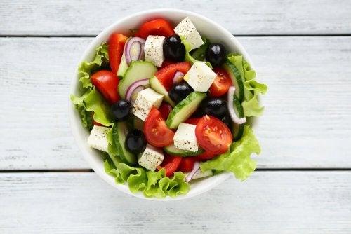Recette d'une étonnante et délicieuse salade grecque