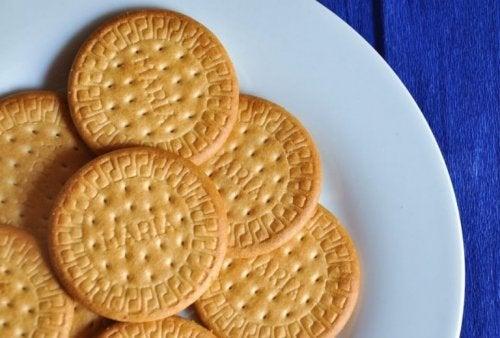 Crème serradura aux biscuits maria.