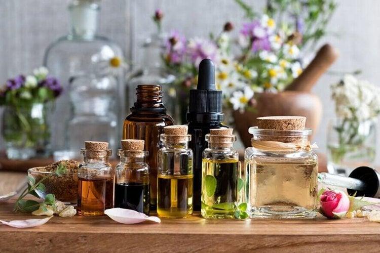 Un désinfectant à base d'huiles essentielles