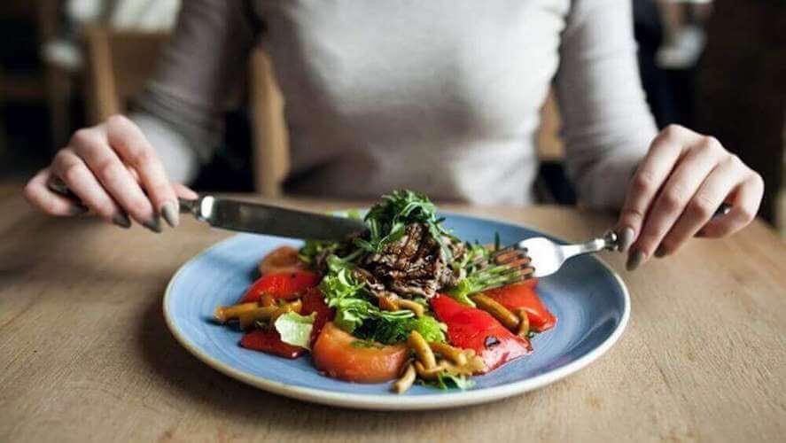 Une alimentation saine comprend des légumes