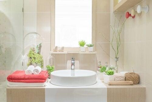 Salle de bain : 5 idées pour la décorer en recyclant