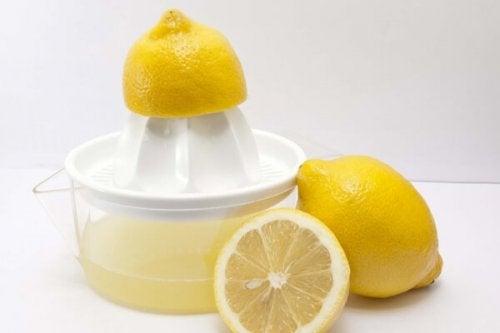 le jus de citron comme substitut du sel