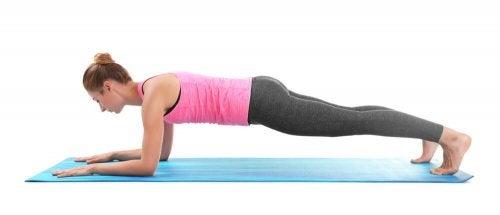 À quelle fréquence doit-on pratiquer le yoga pour perdre du poids ?