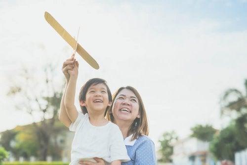 a bonté est la valeur principale de l'éducation des enfants japonais