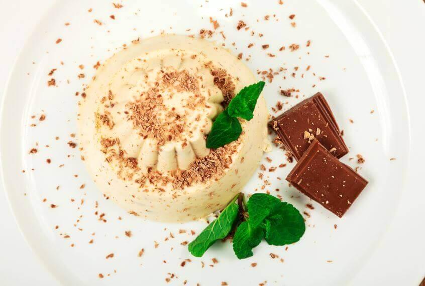 3 способи приготування смачного білого десерту