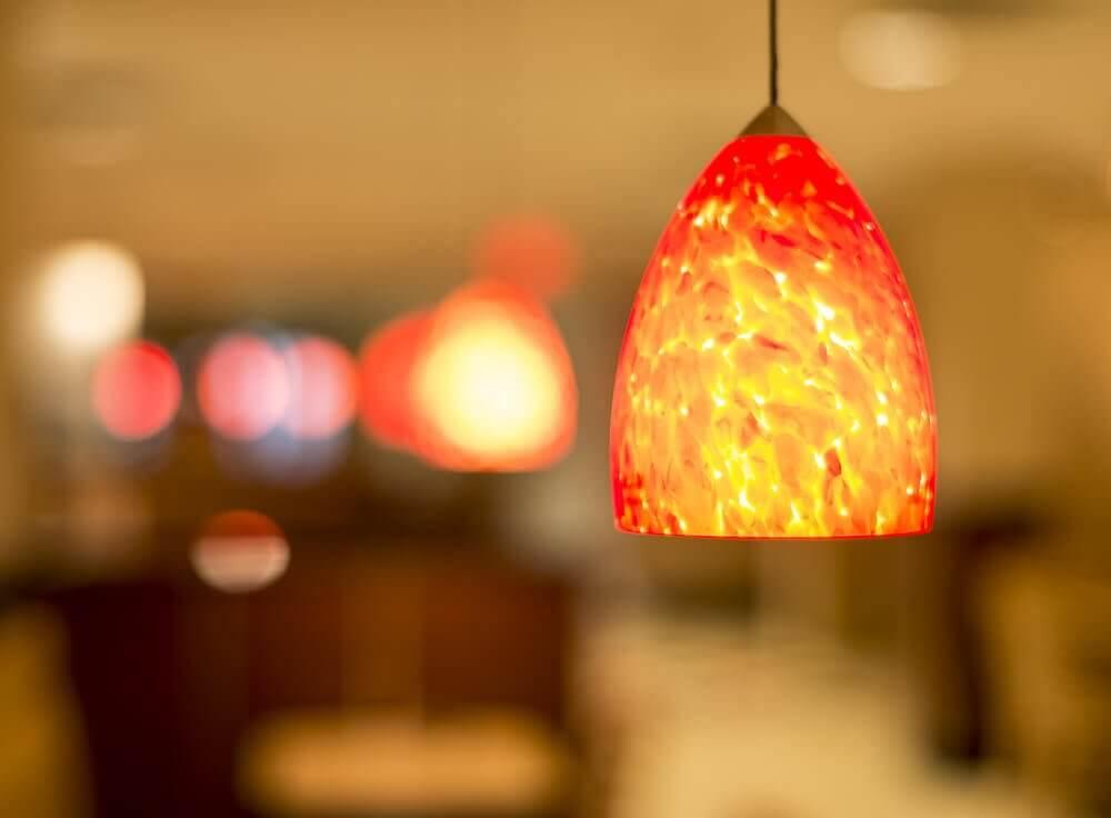 comment nettoyer les lampes du plafond