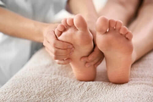 Comment soulager la douleur au niveau du talon avec 6 remèdes naturels