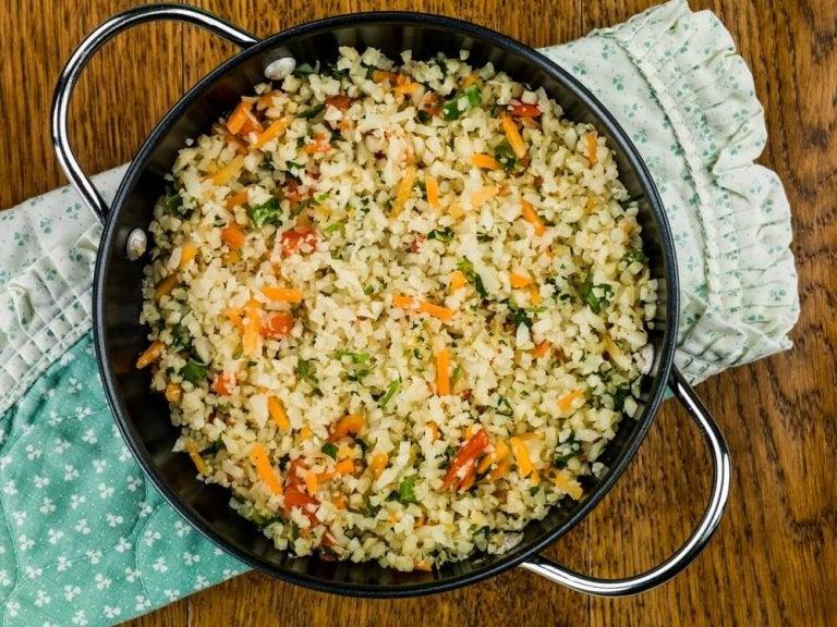 Préparez un délicieux riz de chou-fleur mexicain grâce à cette recette originale