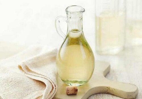 6 surfaces que vous ne pouvez pas nettoyer avec du vinaigre blanc