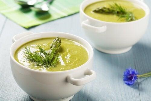 comment préparer une crème d'asperges mi-sucrée
