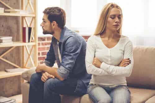 Couples : les personnes qui ne s'aiment pas mais restent ensemble