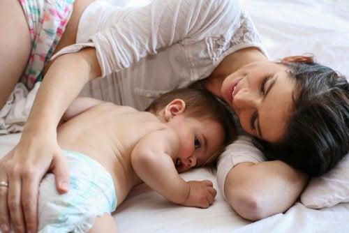 comment élever ses enfants lorsqu'on est une mère célibataire