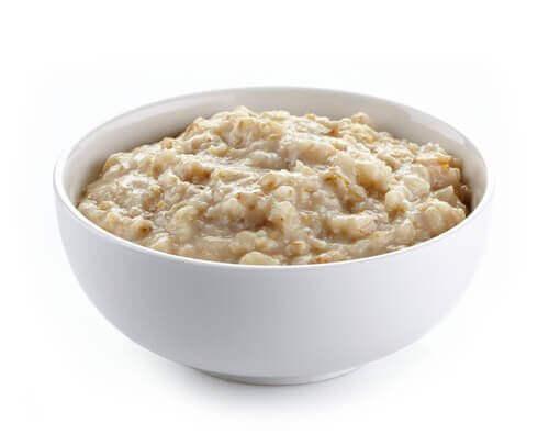 Flocons d'avoine : 10 recettes pour des petits déjeuners sains et délicieux