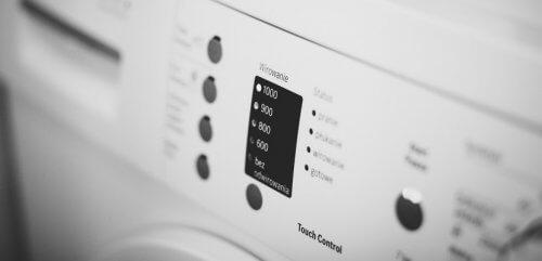 éviter de gaspiller de l'électricité en optant pour des lavages en machine à l'eau froide