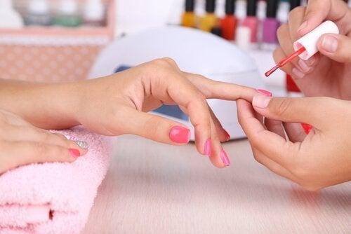 Découvrez tout ce que vos ongles disent de votre personnalité