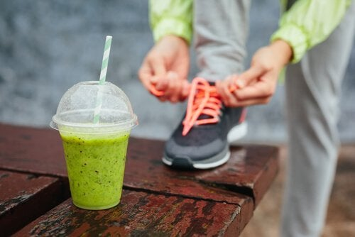 5 smoothies riches en protéines pour améliorer vos entraînements physiques
