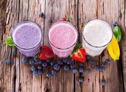 les jus de fruits sans agrumes pour soigner la toux sèche chez les enfants