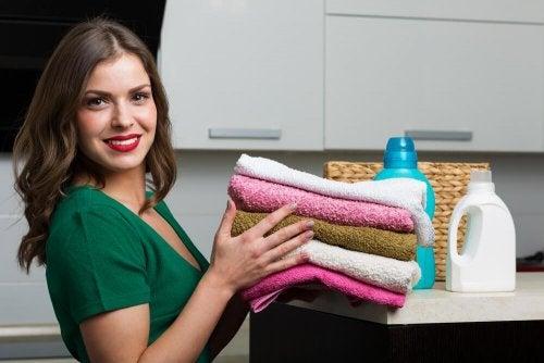Un adoucissant maison pour nos serviettes
