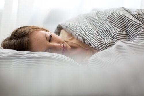 avoir un sommeil de qualité pour soulager la céphalée de tension