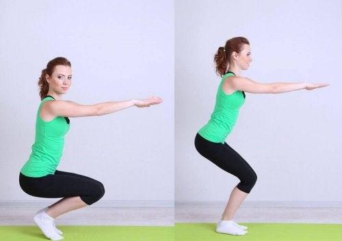 Les squats aident à jouir d'une bonne santé des os