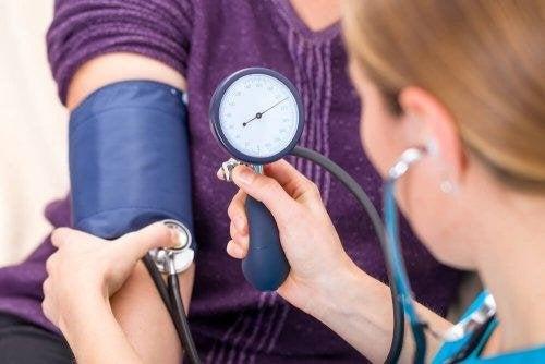 Hypertension : 5 herbes médicinales