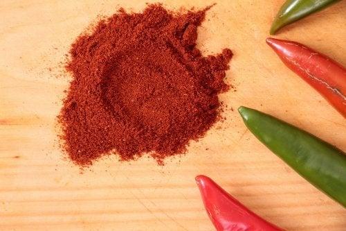 recette d'houmous de pois chiches aux graines de sésame et au paprika