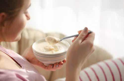 Régime au yaourt : une option saine pour perdre du poids