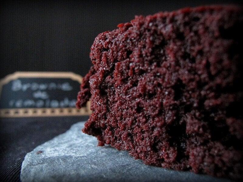 aider les enfants à manger des légumes en préparant un brownie aux haricots noirs et aux pépites de chocolat