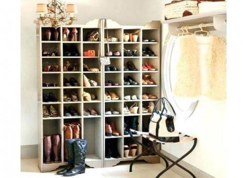 créez vos propres étagères à chaussures