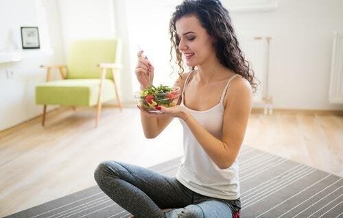 manger des salades en été