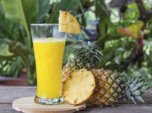 jus d'ananas, de citron et de lin pour réduire votre tour de taille