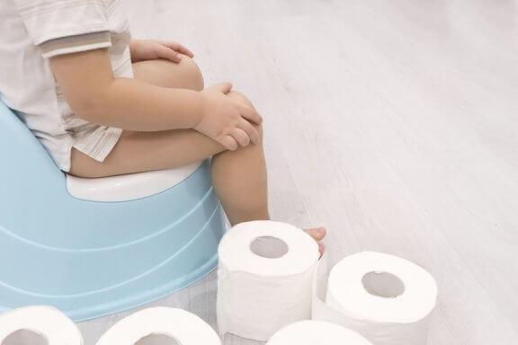 Comment réagit votre bébé au moment où vous cessez de lui mettre des couches ?