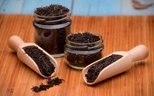 6 remèdes au thé noir à découvrir