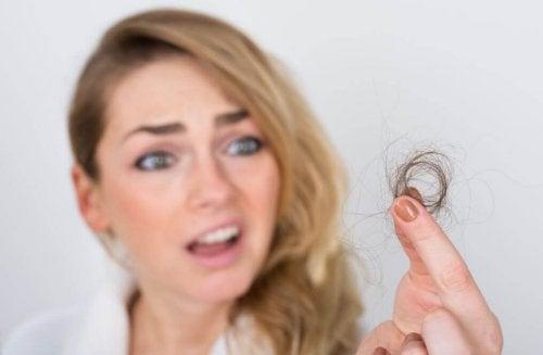 les champignons permettent de renforcer les cheveux et les ongles