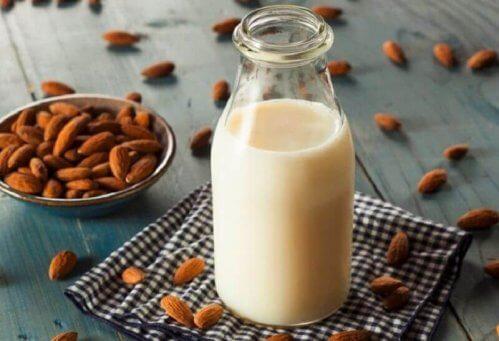 préparer du lait d'amandes