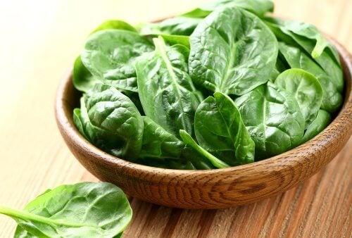 augmenter sa masse musculaire en consommant des épinards