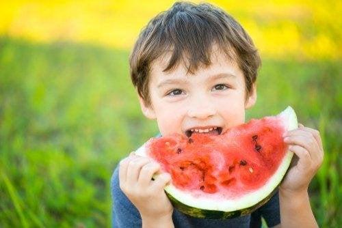 aider les enfants à bien manger