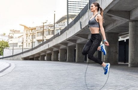 saut à la corde en plein air