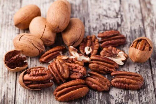 les noix contiennent des huiles naturelles